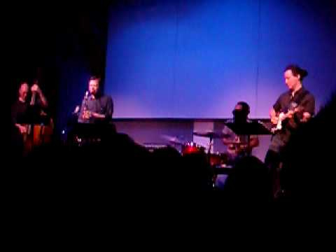 Adam Rogers&Chris Potter play ridiculous melody (