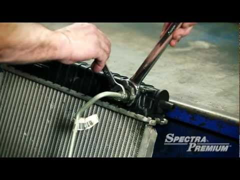 04 Cooling System: Radiator removal