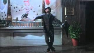 Watch Gene Kelly Singin