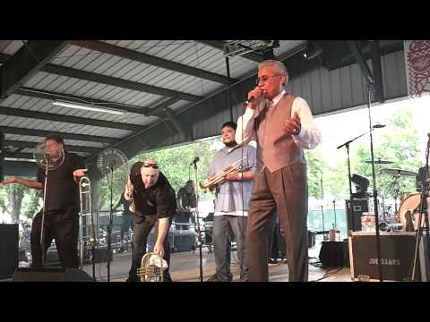 Ruben Ramos and The Mexican Revolution Perform Oldies at Pachanga Fest 2012