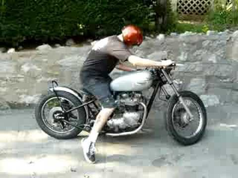 1977 Triumph Bonneville T140 Chobber Bopper Video