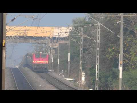 Wap 4 Andhra Pradesh Express Blasts Away To Glory [hd] video