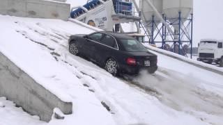 Audi A4 2000 B5 2.8 s-line manual quattro climbing in snow (MIRONA)