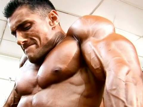 Body builder having sex - 3 part 4