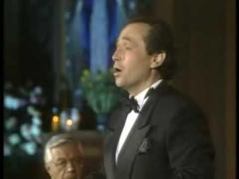 Kyrie - Misa Criolla 1 - Jose Carreras