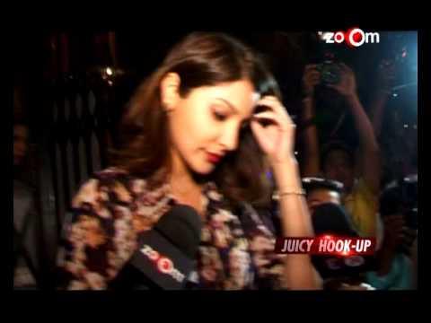 Anushka Sharma and Virat Kohli's 'Public Display of Affection' | Bollywood News
