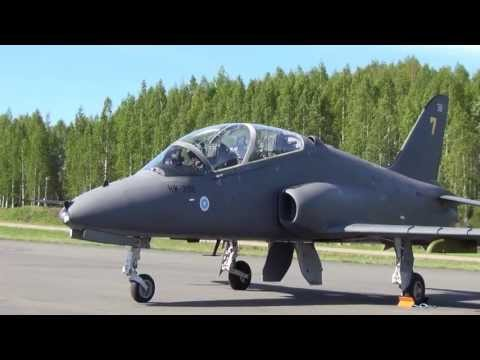 Finnish Air Force -hawk problems in the machine smoke in air