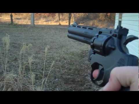357 magnum replica .177 cal. CO2 pellet revolver