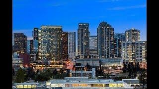 Night stroll in Bellevue WA