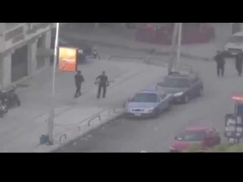 ---بالفيديو مطاردة قوات الأمن لجماهير «أولتراس وايت نايس» بصوره واضحه جدا وعن قرب thumbnail