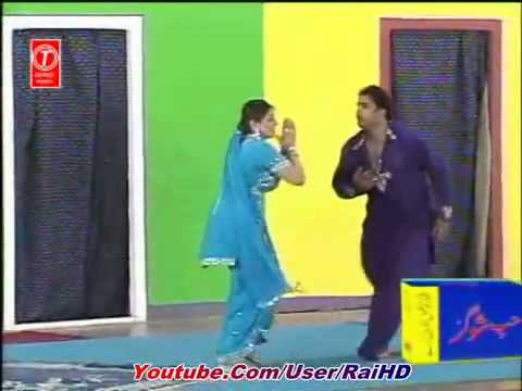 Aisha Ch Latest Punjabi Hit Mujra (2011) - Mundeya Dupatta Chad...