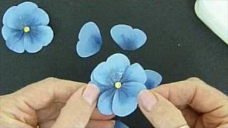 Pretty Paper Pansies.wmv