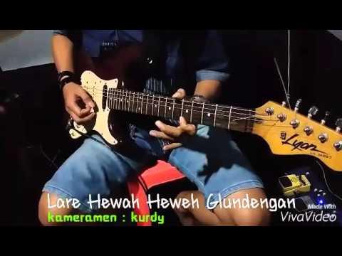 download lagu Lare Glundengan - Salah Tompo gratis