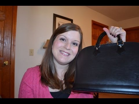 New purchases: Louis Vuitton Handbag & Accessory items!
