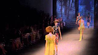 Download VERA WANG   S/S 2011 FASHION SHOW - VIDEO BY XXXX MAGAZINE 3Gp Mp4