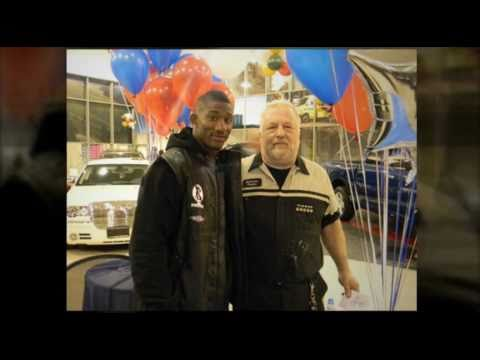 New York Giants' Antrel Rolle Visits Eastchester Chrysler Jeep Dodge
