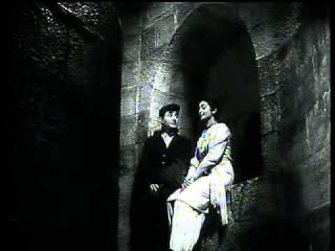 Dil Ka Bhawar Kare Pukar - Tere Ghar Ke Samne video