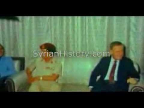 Colonel  Qaddafi arriving to Damascus and received by President Hafez al-Assad