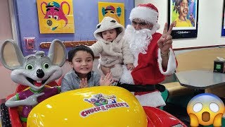 Chuck E. Cheese Christmas Fun with Jai Bista Show | Santa Chuck E. Cheese Happy Dance