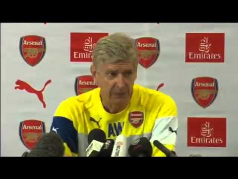Arsenals Arsène Wenger considering transfers