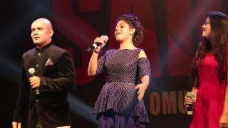 download lagu Sunidhi Chauhan & Sukhwinder Singh Singing Tung Lak Live gratis