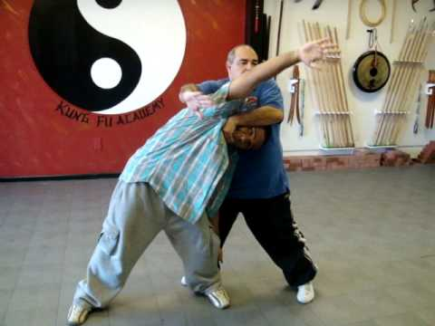 Kung Fu (Chin Na) Avoiding a Takedown (Bagua and Hua Quan Technique)