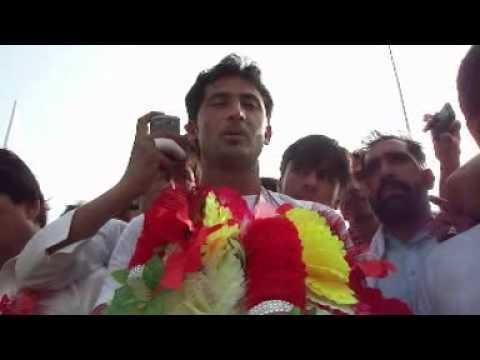 Fast Bowler Junaid Khan In Swabi InterChange 14 07 2012
