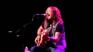 John Corabi - Hooligan's Holiday
