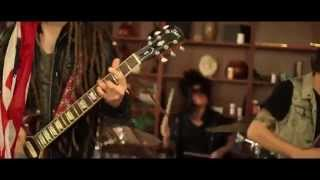 "download lagu Open Your Eyes Ft. Craig Mabbitt - ""stay Alive"" gratis"