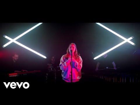 Katy B x Chris Lorenzo - I Wanna Be (HungerTV Dirty Live)