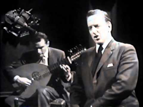 Peter Pears&Julian Bream perform Dowland and Rosseter!