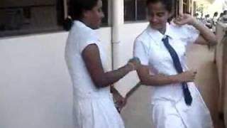 මෙයාලගේ දගර නැටිල්ල කොහොමද Sri lanka School girls dancing