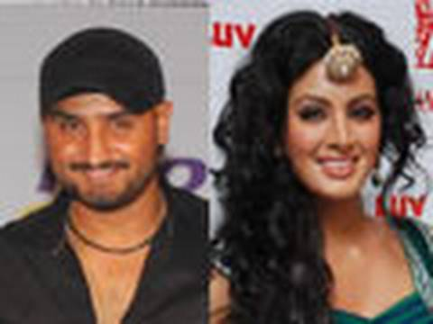Geeta Basra and Bhajji split Video