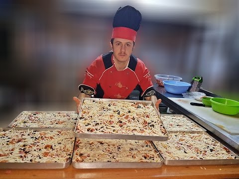 Easy Pizza Recipe To Make Pizza at Home on a Tray thumbnail
