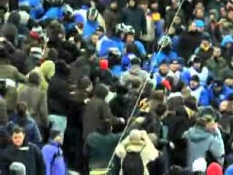 Abuzurile BGS şi ale jandarmeriei pe Mall Arena