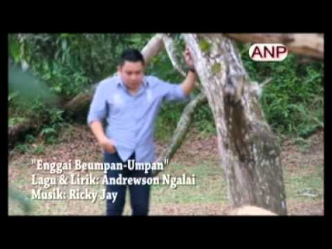 Enggai Beumpan-umpan - Rickie Andrewson video