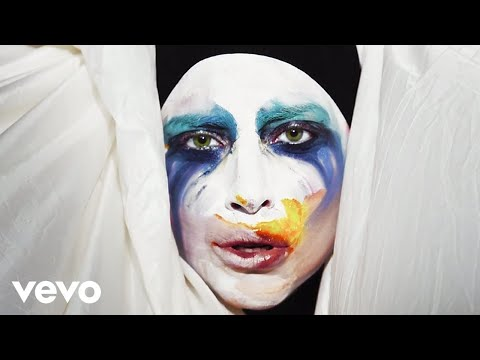 Lady Gaga - Applause (official) video