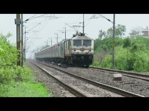 SILENT SPEED SHOW in CR : 120 KMPH : Bangalore Rajdhani Express Zooms Past Gumgaon : INDIAN RAILWAYS