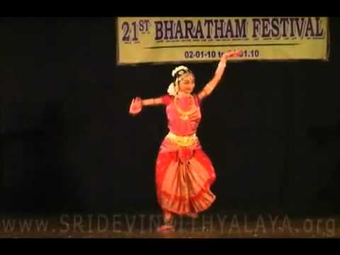 Bindiya chamkegi - Remix- a virtual fusion with Bharat Natyam...