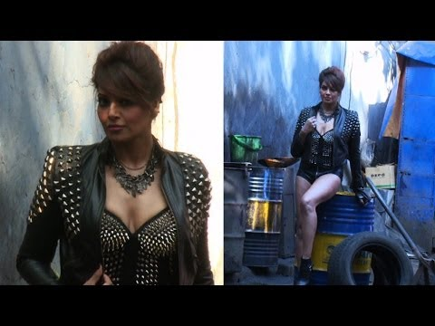 Bipasha Basu Stuns In Dabboo's Calendar 2014 video