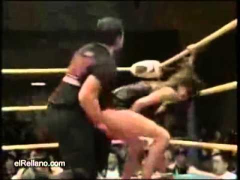 YouTube: luchador de WWE y el da que hizo una llave