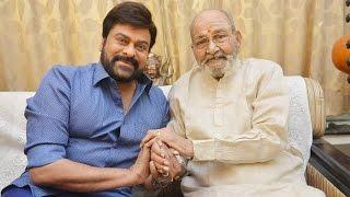 On the Eve of Winning Dada Saheb Phalke Award Chiranjeevi Meets Legend K Viswanath