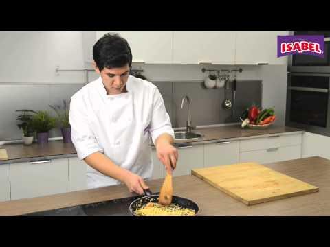 Receta de wok de verduras y espaguetis con chipirones encebollados de Isabel (25seg)