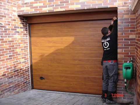 Seccionales navatek imitacion madera youtube for Puertas imitacion madera exterior