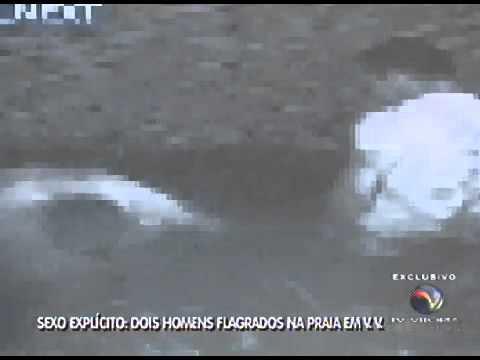 Homens Flagrados Fazendo Sexo na Praia - Vila Velha, Itaparica - ES