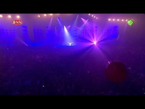 Armin Only Mirage - 4 Strings feat. Ellie Lawson - Safe From Harm - Utrecht
