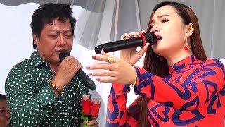 Linh Trúc hơi bối rối khi bị bắt hát giao lưu với em gái Quỳnh Như xinh đẹp   Đêm lạnh chùa hoang ✔