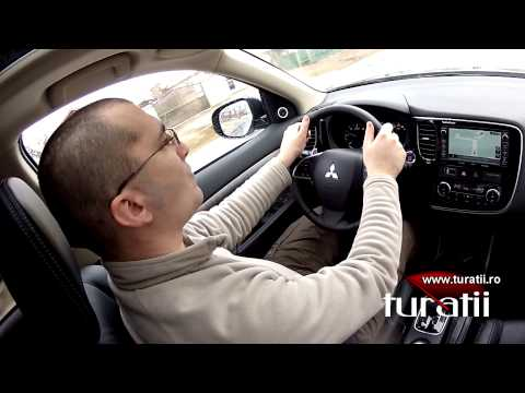 Mitsubishi Outlander 2.2l DI-D AWD A/T explicit video 4 of 4
