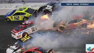Carambola de 22 autos en las 500 millas de Daytona piloto mexicano involucrado