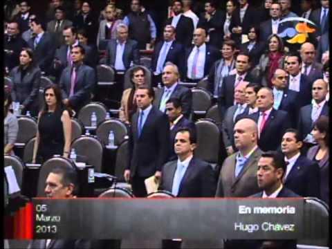 El polémico y peleado minuto de silencio por la muerte de Hugo Chávez